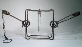 Testszorító csapda -Conibear 120 - (nyest méret)